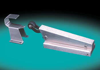 SNUGGER� HYDRAULIC, HEAVY DUTY, DOOR-CLOSER